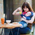 5 Tipps, um mit Kleinkindern Essen zu gehen